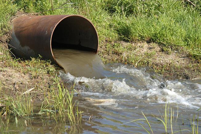 impacto do descarte ilegal de resíduos industriais