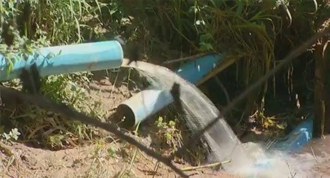 descarte ilegal nas galerias de água de chuva