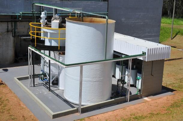 Conheça as vantagens do armazenamento correto dos resíduos indústriais